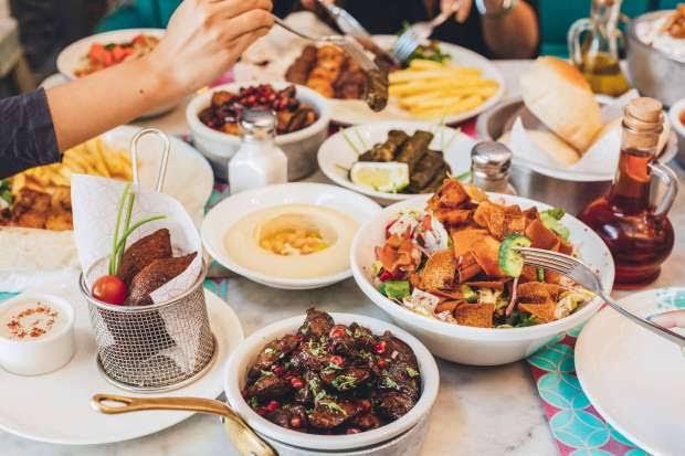 مطعم المذاق اللبناني الخرج الاسعار المنيو الموقع كافيهات و مطاعم السعودية