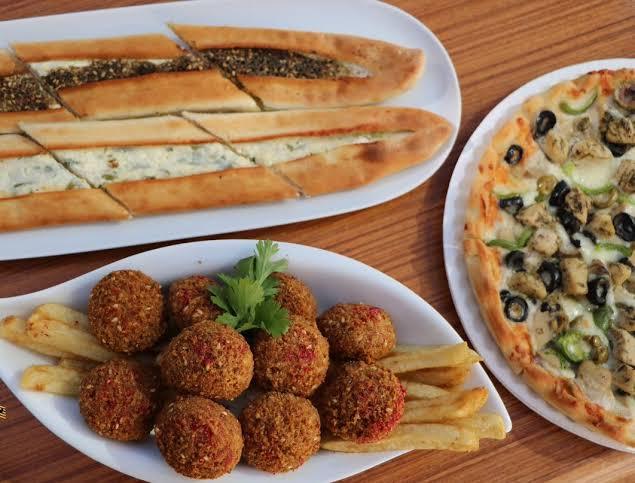 مطعم بيت الفطيرة الشامية بالرياض