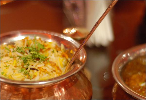 مطعم زاكي في الرس