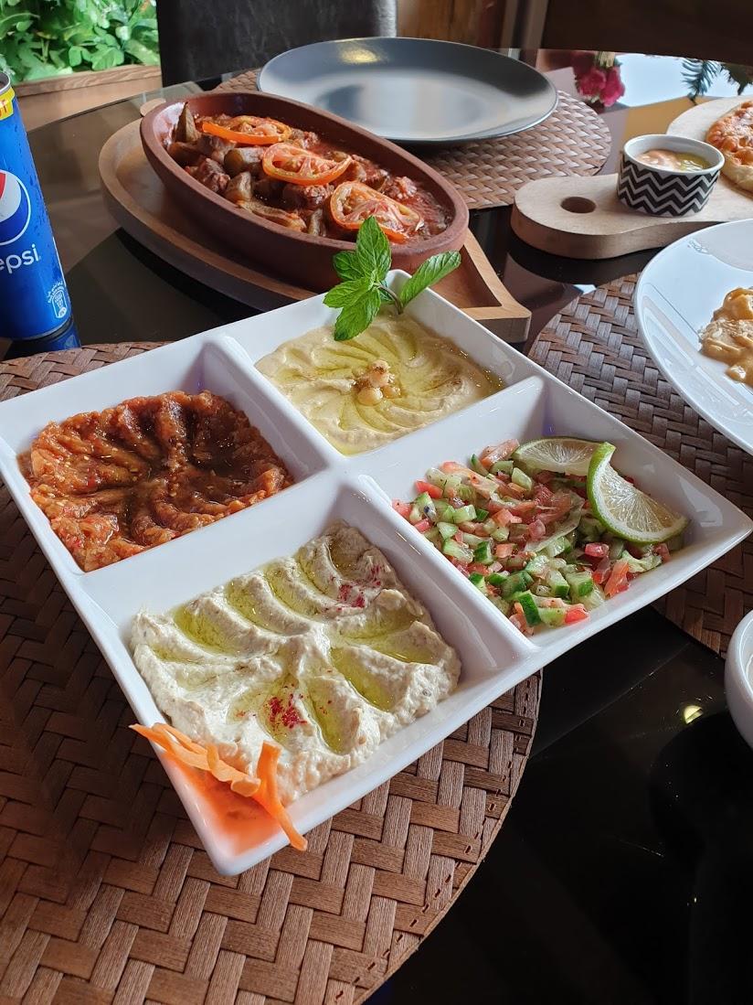 مطعم وكافيه مسايا خميس مشيط