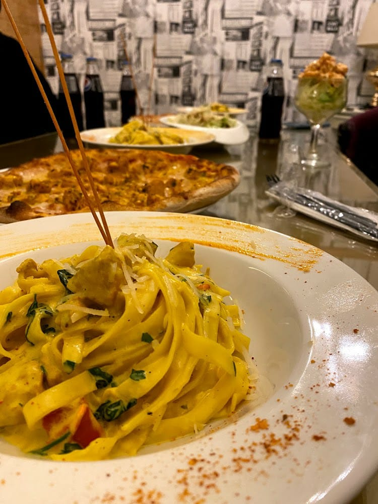 مطعم ومقهى سبع تمرات